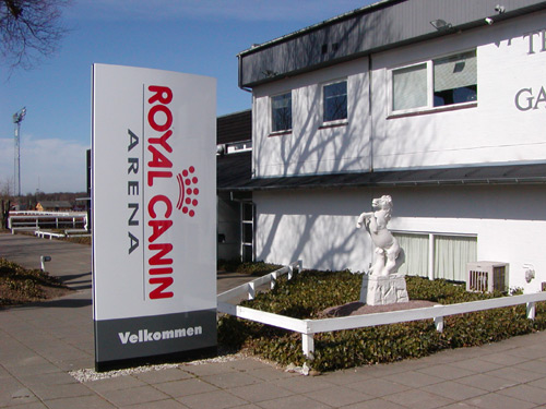 Royal Canin Arena Indgang W